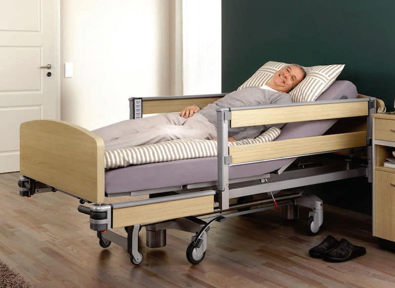 Best Hospital Beds For Home Use (TOP 5 REVIEWS) - Vault50
