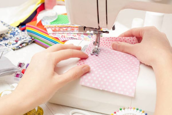 mechanical-sewing-machines featured