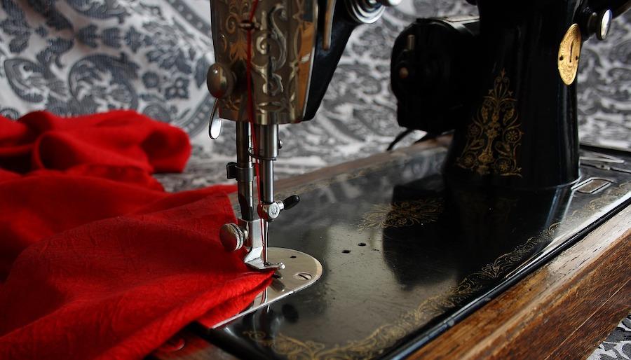 sewing-machine-close up