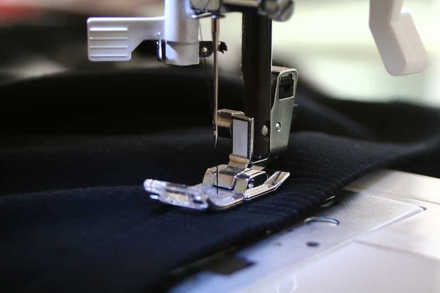 sewing-machine-stitches per minute