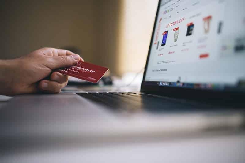 ecommerce-laptop