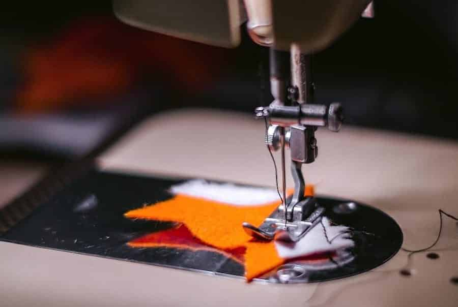 sewing-machine-fabric-cloth-wallpaper-preview
